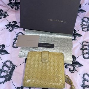 🏷🛍Bottega Veneta unisex leather wallet
